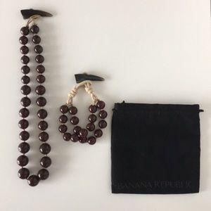 Banana Republic Resin Bead Necklace & Bracelet Set